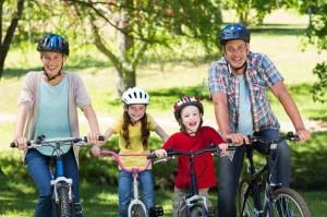 famiglia-in-bicicletta1